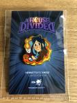 "Ab 04.07.: A House Divided – Pin ""Henrietta"""